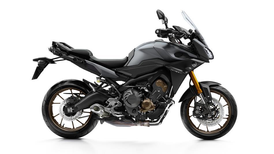 2015-Yamaha-MT09-Tracer-EU-Matt-Grey-Studio-002